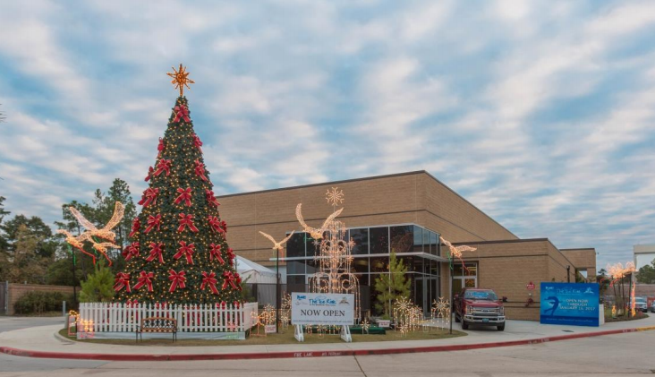 Special holiday hours at The Ice Rink at The Woodlands Town Center