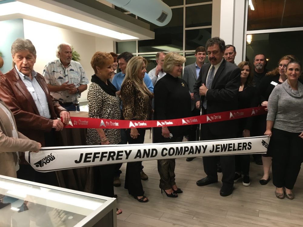 The Woodlands, TX – Jeffrey and Company Jewelers, a jewelry store that specializes in Victorian-era and estate jewelry, opened its doors the first of December in Crossroads Square at Creekside Park in The Woodlands.