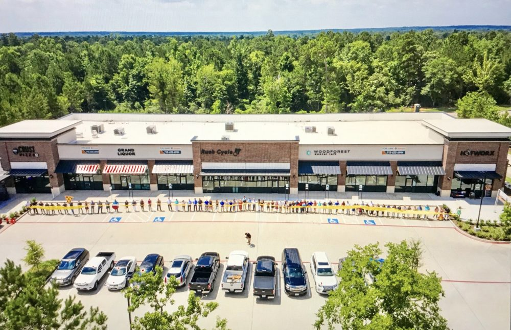 Shops at Woodforest Ribbon Cutting