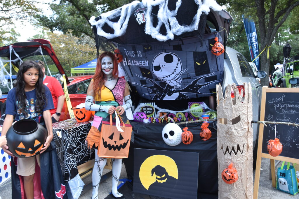 The Woodlands Family YMCA Trunk n Treat Shadowbend Place Halloween
